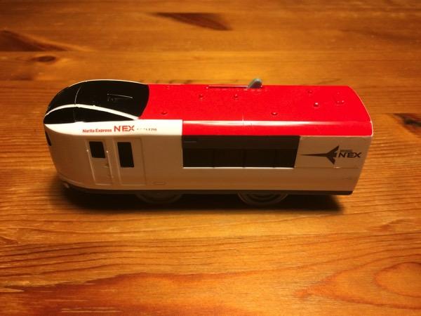 プラレールの電池