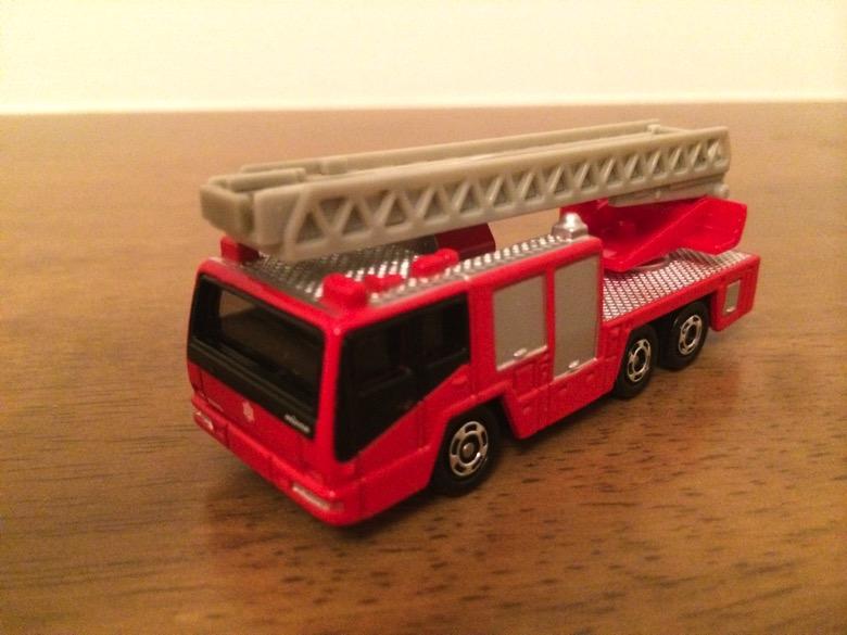 トミカの消防車