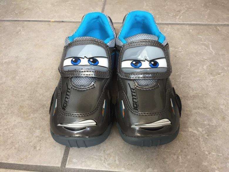 カーズ ジャクソン・ストームの靴